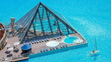 size_810_16_9_piscina-do-hotel-san-alfonso-del-mar