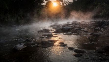 rio-fervente-amazonia-0217-1400x800